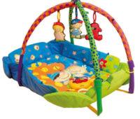 Hrací deka s hrazdičkou a zvednutými okraji