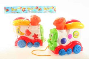 Dětská hračka tahací pískací mašinka