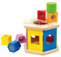 Dřevěná vkládačka se smyslovými kostkami pro děti od 1 roku