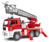 Velké hasičské auto Bruder Man se stříkačkou
